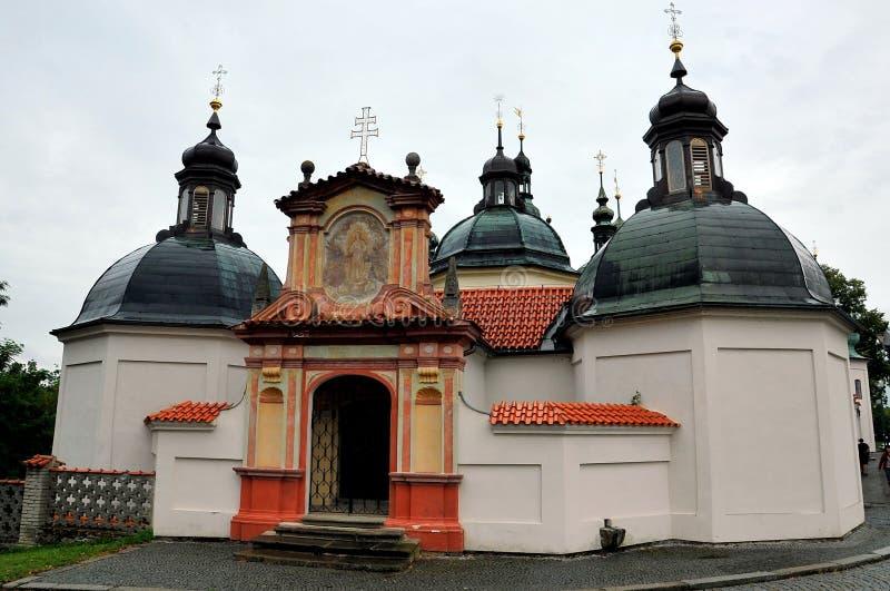Klooster en kerk van de Veronderstelling van Onze Dame, Klokoty, Tabor, Tsjechische Republiek stock fotografie