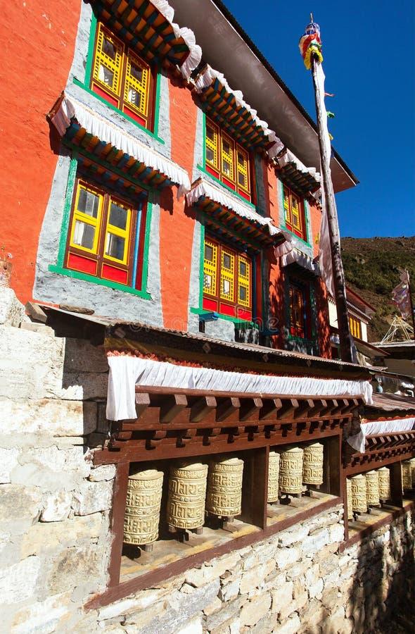 Klooster in het bazar dorp van Namche, Nepal stock afbeelding