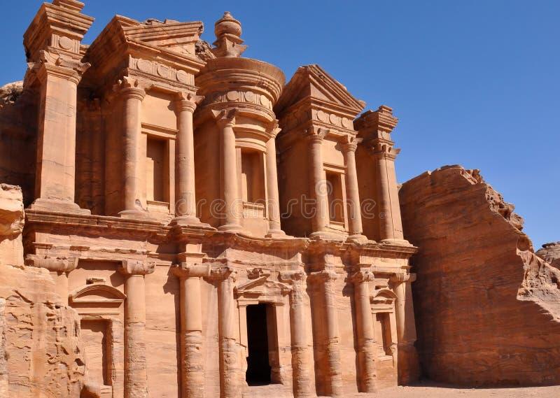 Klooster in petra-Jordanië stock foto