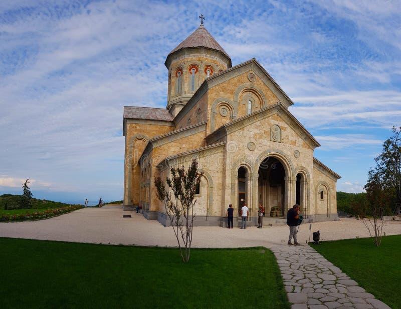 Klooster van St Nino in Bodbe in Georgië stock afbeelding