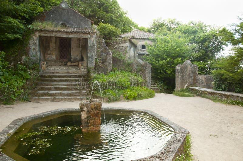 Kloster av Capuchosen - Sintraen - Portugal royaltyfria foton