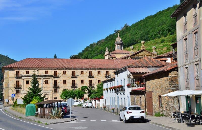 Kloster av coriascorias Spanien arkivbilder