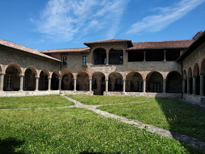 Kloster av San Francesco royaltyfri fotografi