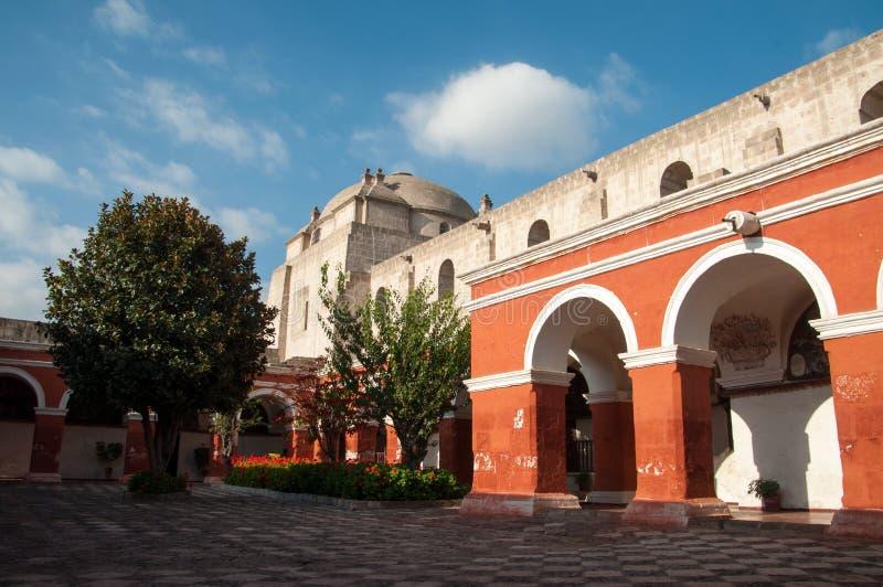 Kloster av Santa Catalina i Arequipa arkivbilder