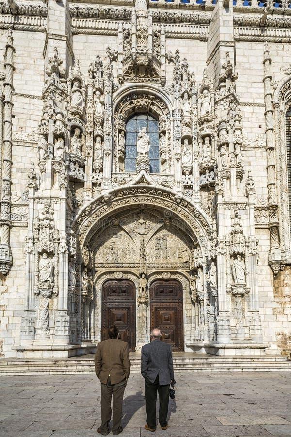 Kloster för folkbesökJeronimos kloster arkivfoton