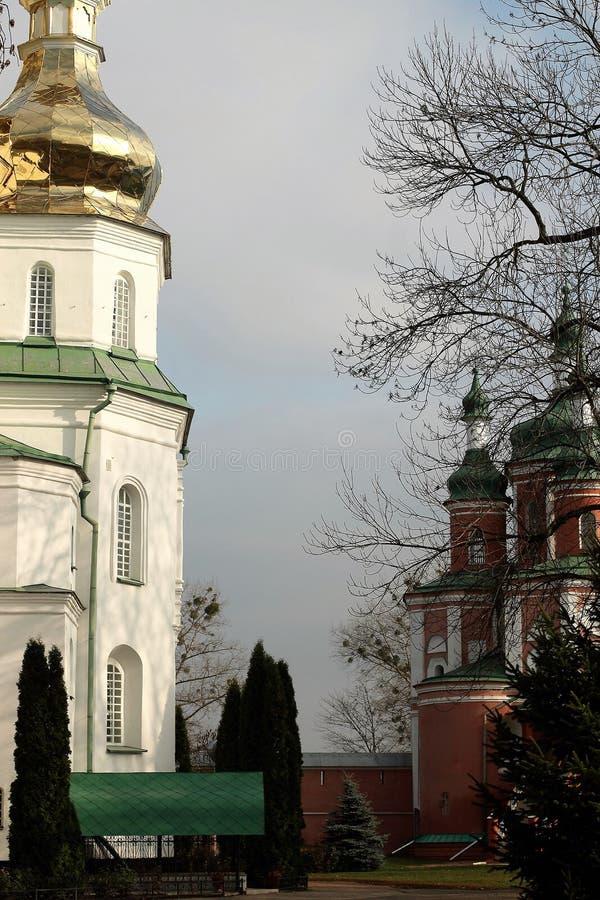 Kloster Gustynsky för helig Treenighet royaltyfria foton