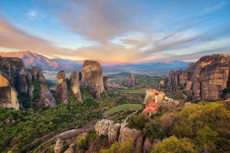 Kloster i Meteora, nordliga Grekland i våren 2018 arkivfoton