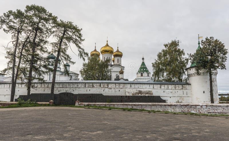Kloster Ipatiev för helig Treenighet royaltyfria bilder