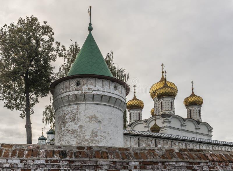 Kloster Ipatiev för helig Treenighet royaltyfri bild