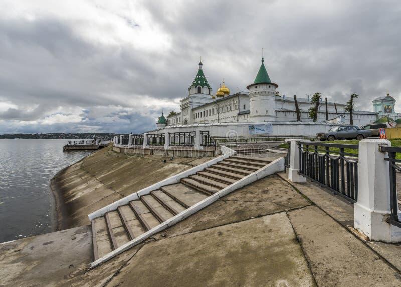 Kloster Ipatiev för helig Treenighet royaltyfri foto
