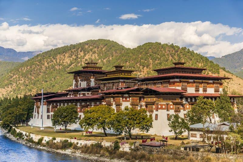 Kloster Punakha Dzong, Bhutan lizenzfreie stockfotos