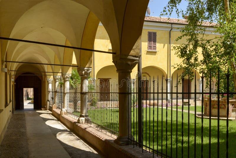 Kloster Sans Giacomo und Garten, Soncino lizenzfreies stockbild