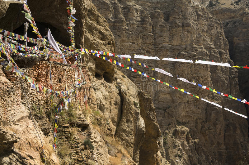 Kloster- und Gebetsflaggen Chungsi im Mustang lizenzfreies stockfoto