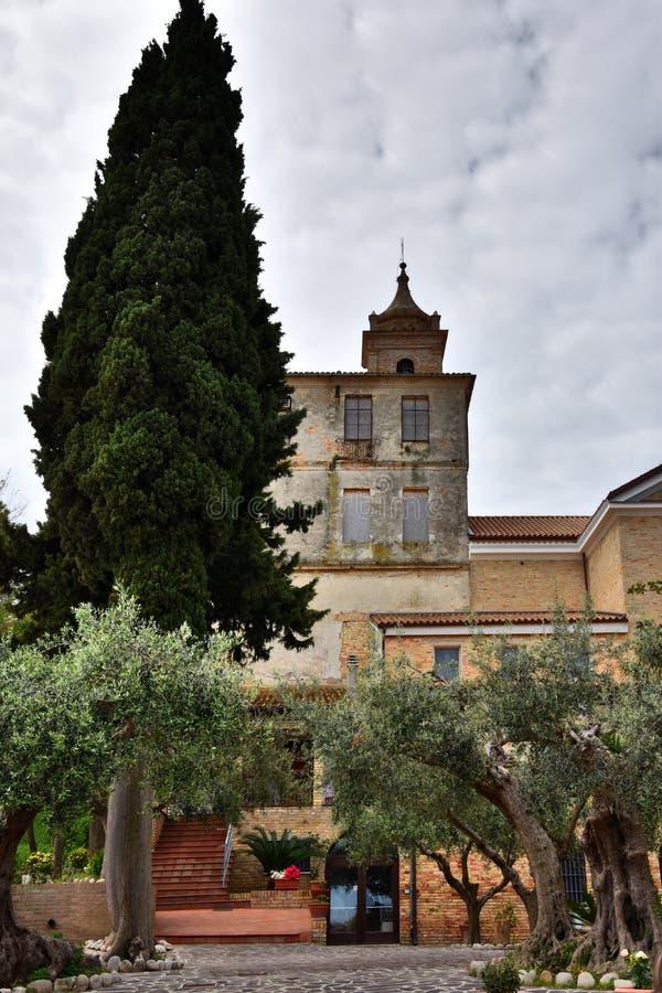 Kloster und Schongebiet Madonna der Pracht stockfotografie