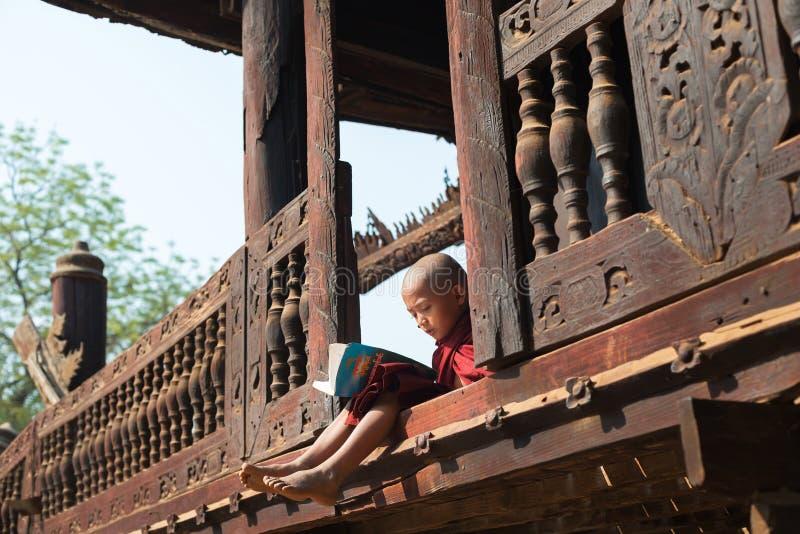 Kloster- utbildning royaltyfria foton