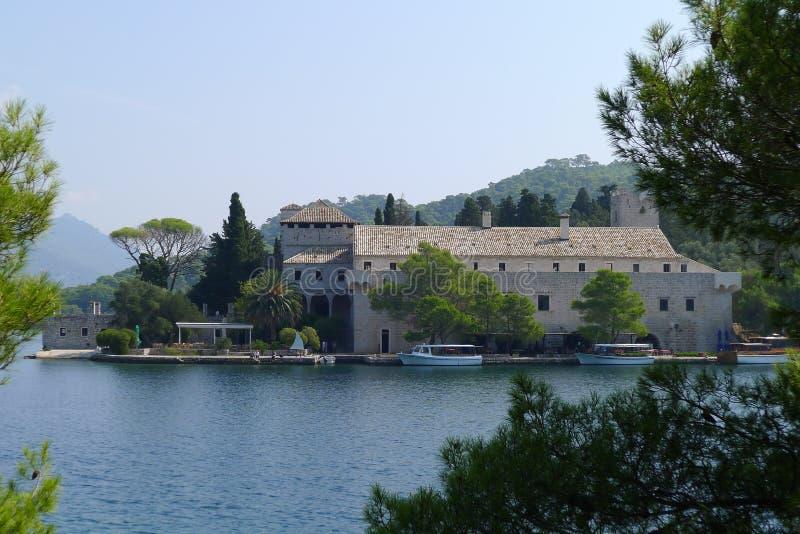 Kloster von Heiligem Mary, Insel Mljet, Kroatien lizenzfreies stockbild