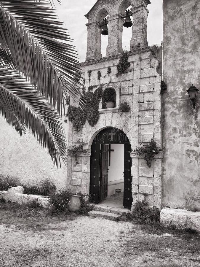 Klosteringång arkivfoton