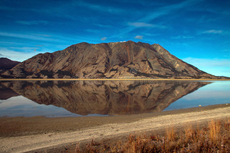 Kluane湖,育空地区 库存图片