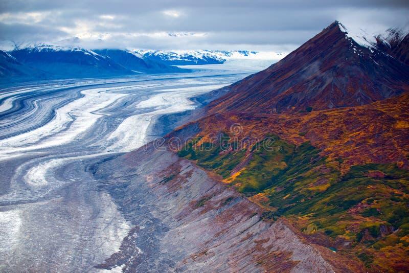 Kluane Nationaal Park en Reserve, Bergen en Gletsjers stock afbeeldingen