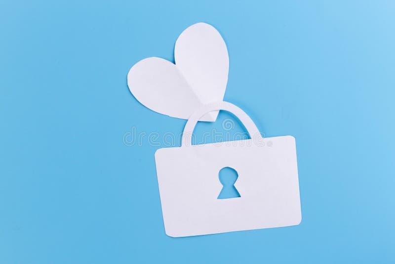 Klucz z sercem jako symbol mi?o?? obrazy stock
