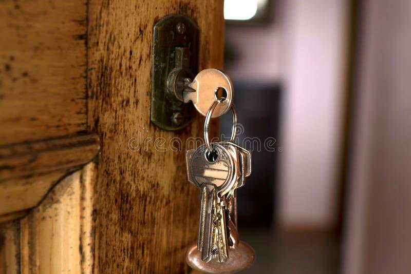 Klucze wiesza od drzwi zdjęcia royalty free