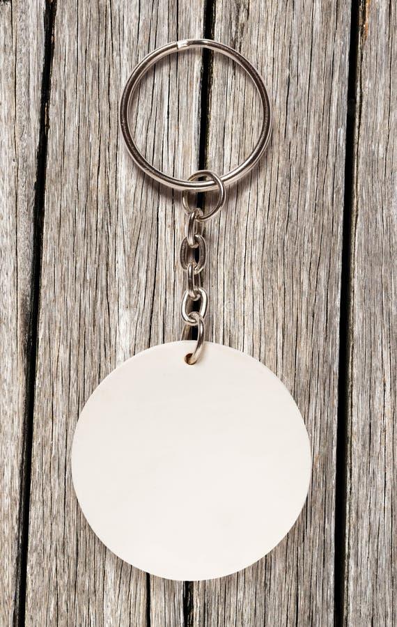Kluczowy pierścionek z round błyskotką zdjęcia royalty free