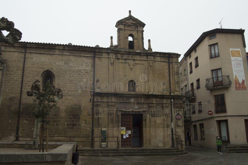Kluis van Onze Dame Of The Plaza in het Plein Del Santo In Santo Domingo De La Calzada Architectuur, Reis, geschiedenis stock fotografie