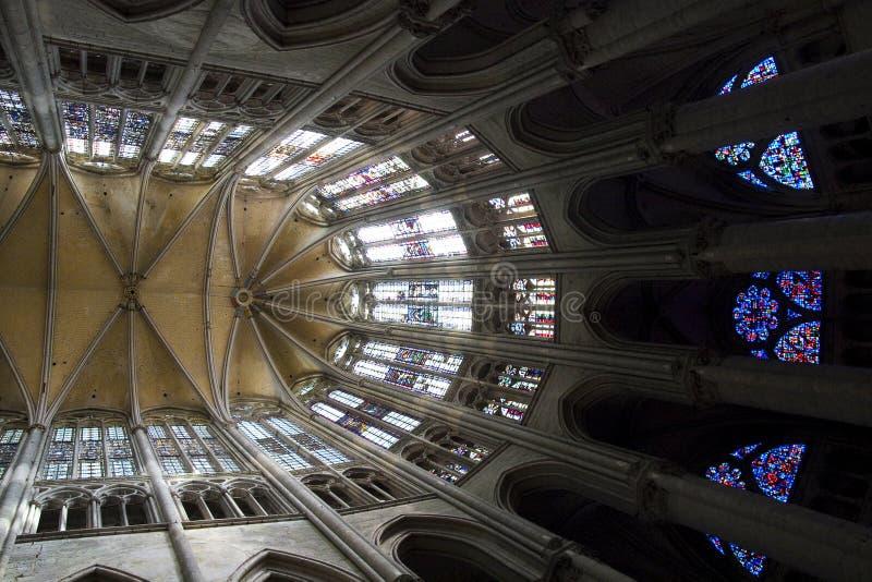 Kluizen in de Apsis van de Kathedraal van Beauvais stock fotografie