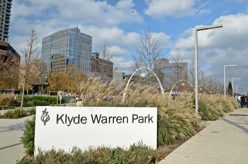 Klyde沃伦公园在达拉斯 免版税库存照片