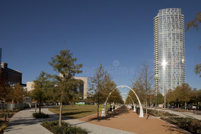 Download Klyde Warren Park editorial photography. Image of freeway - 27598822