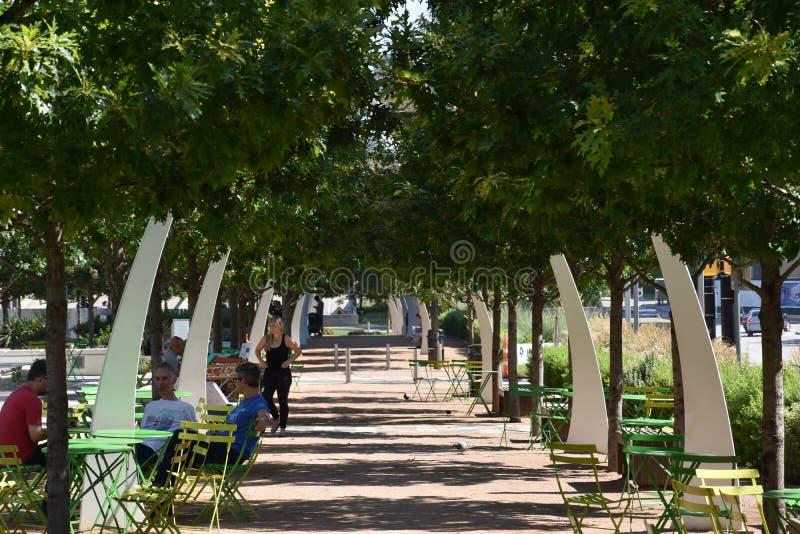 Klyde Warren Park en Dallas, Tejas fotografía de archivo