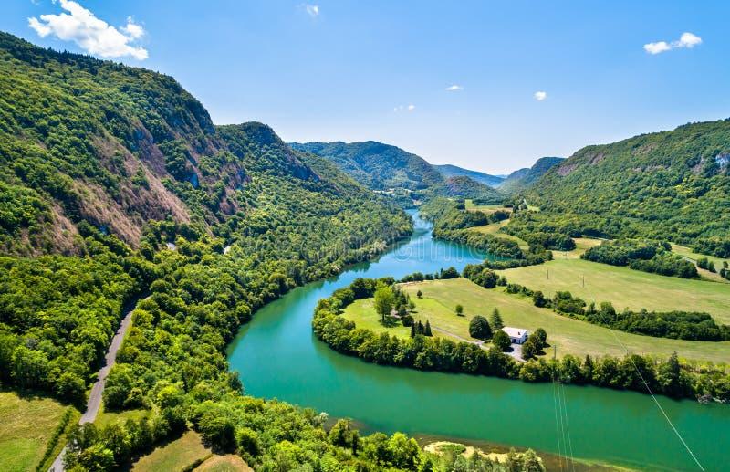 Klyfta av den Ain floden i Frankrike royaltyfri foto