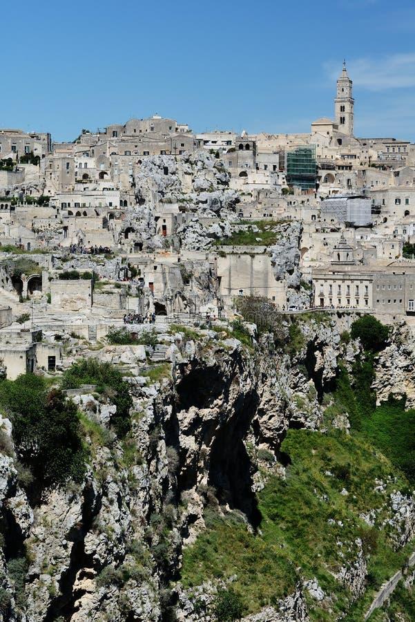 Klyfta under Sassi av Matera arkivbilder
