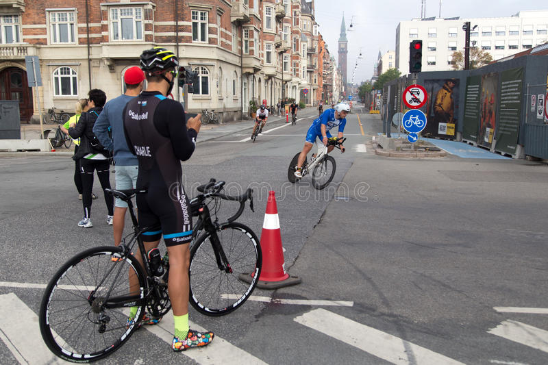 Download KMD Ironman Copenhague 2016 Photographie éditorial - Image du denmark, cycliste: 76078177