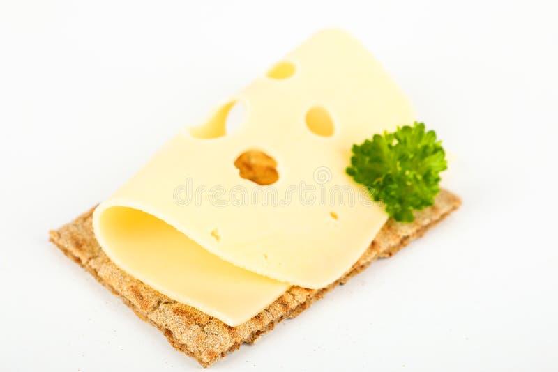 Knäckebröd med ost arkivbilder