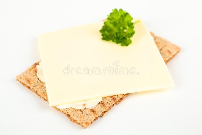 Knäckebrood met kaas stock fotografie
