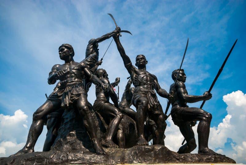 Knall Rachan-Monument, Singburi-Provinz lizenzfreie stockfotografie