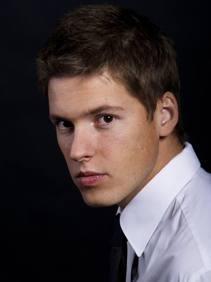 Knap jong mannelijk model stock fotografie