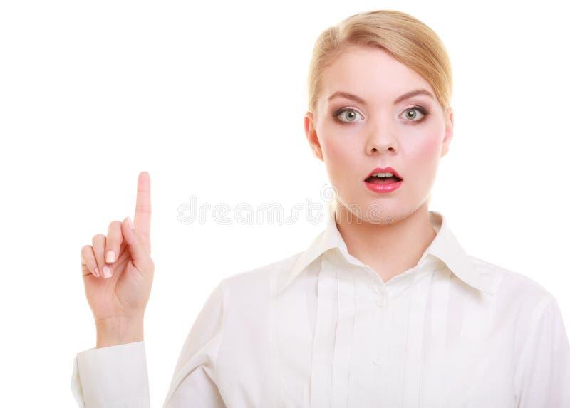 Knapp eller peka för affärskvinna isolerade trängande royaltyfri bild
