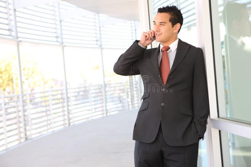 Knappe BedrijfsMens op Telefoon royalty-vrije stock afbeeldingen