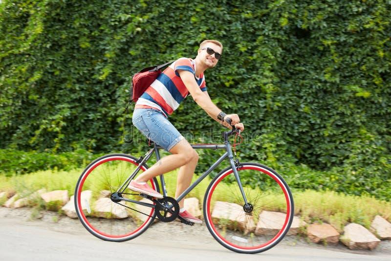 Knappe fietser royalty-vrije stock afbeelding