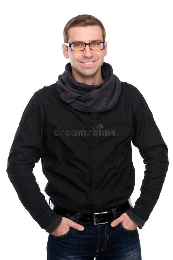 Knappe glimlachende mens in zonnebril royalty-vrije stock afbeelding