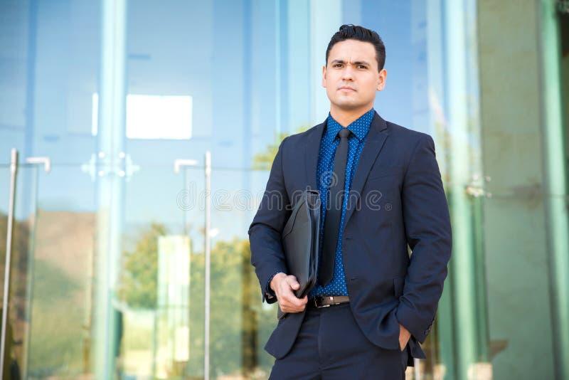 Knappe jonge advocaat royalty-vrije stock afbeeldingen