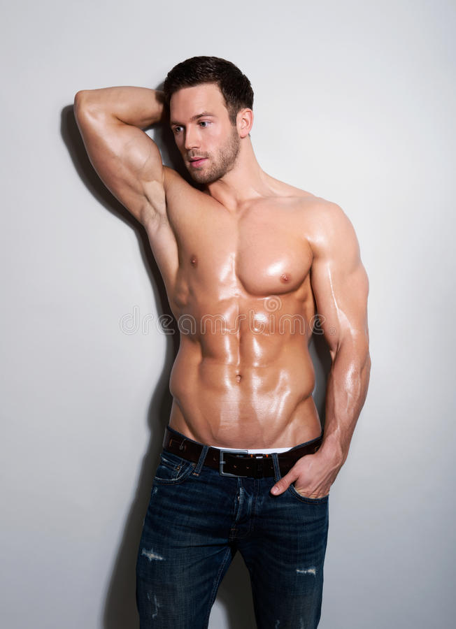 Knappe sexy jonge mens stock foto's