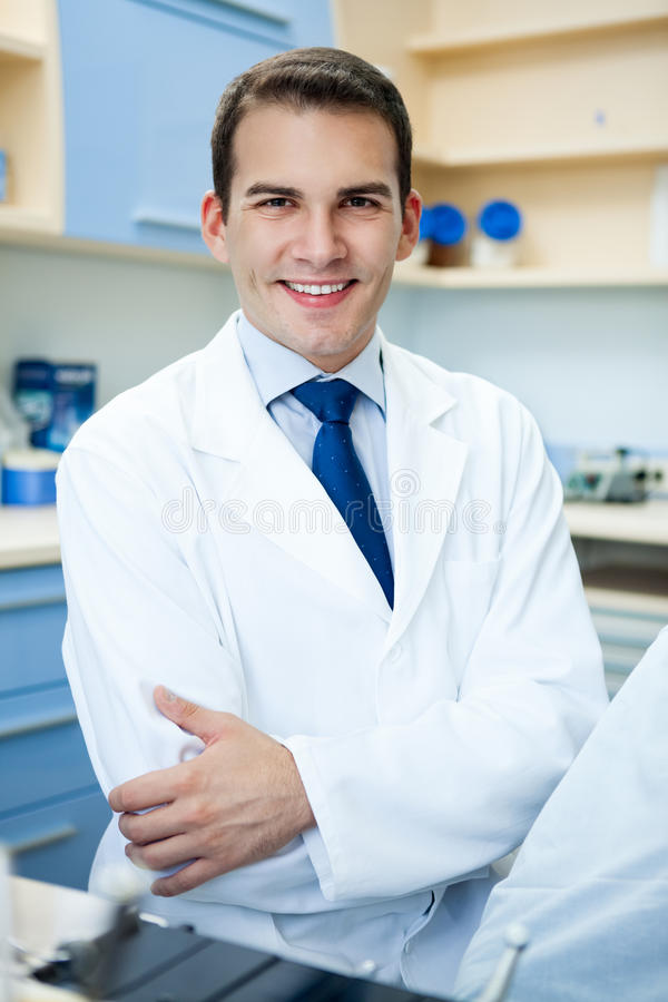 Knappe tandarts stock fotografie