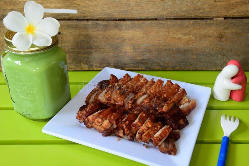 Knapperig varkensvlees stock afbeeldingen