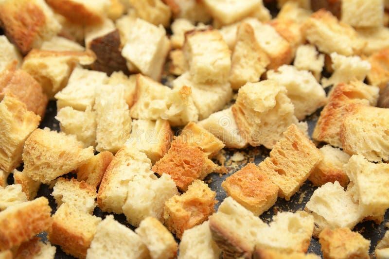 Knapperige die gouden sauteed vers croutons van gekubeerd wit brood worden gemaakt royalty-vrije stock foto's