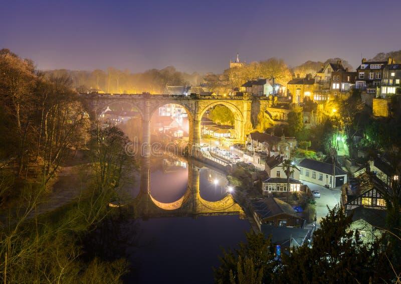 Knaresborough bij nacht stock afbeeldingen