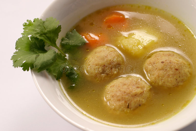 Download Kneidel σούπα στοκ εικόνα. εικόνα από ιουδαϊσμός, εβραϊκός - 109027