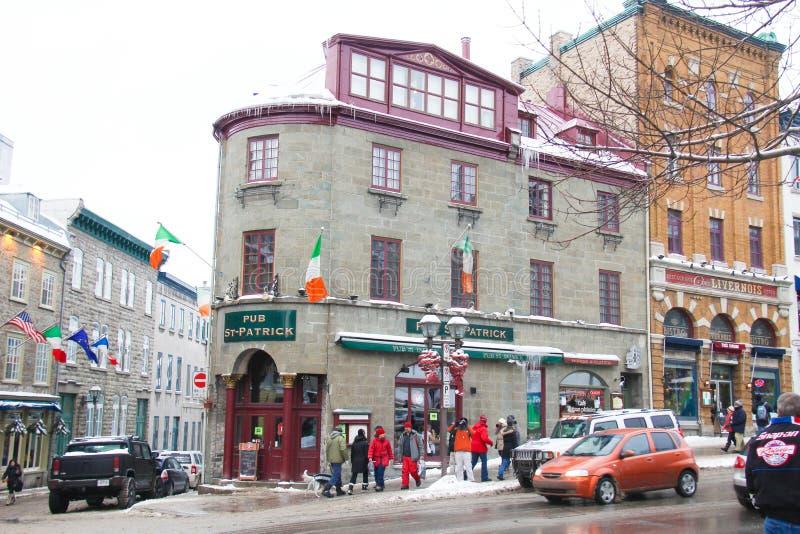 Kneipe St. Patrick Irish in Québec-Stadt in der Winterzeit lizenzfreie stockfotografie